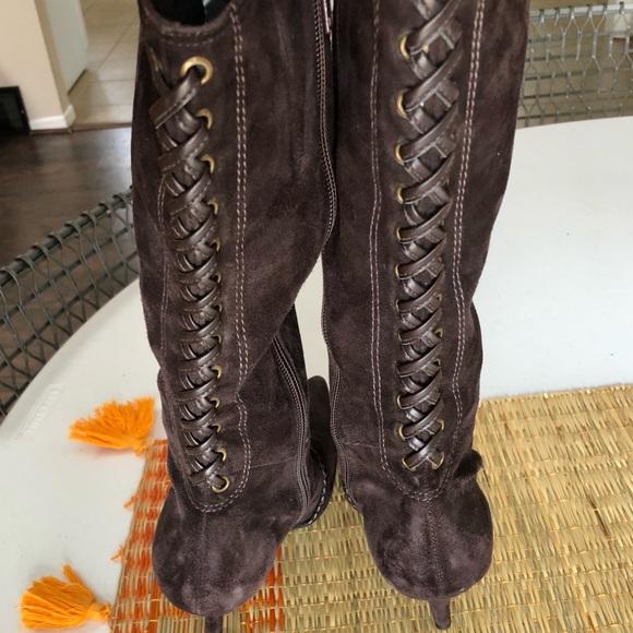 15f81d68e106 Gianni Bini Shoes - NWOB size 7-1 2 Gianni Bini chocolate suede boots